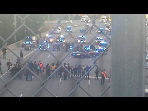 Atlanta Protesters Shut Down Highway #O22 #ItsBiggerThanYou #StopMassIncarceration #RevCom