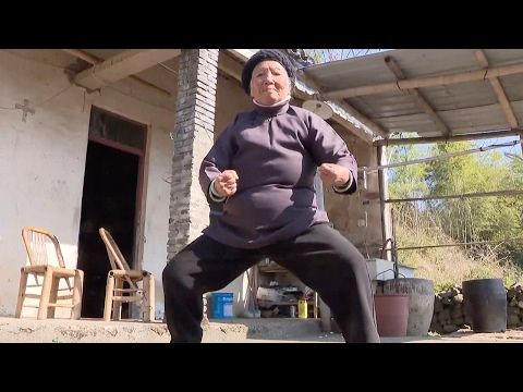 """""""Kung Fu Grandma"""" practices Chinese martial arts for nine decades"""