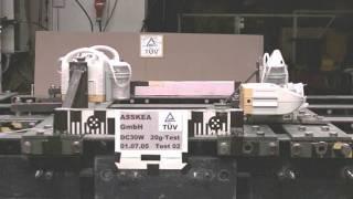 Test wytrzymałości 20G TUV ssaków medycznych ASSKA (kamera prawa)