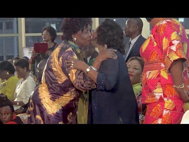 Georgette Biebie Songo reçoit le prix honorifique 2016 de l'ONU Femmes
