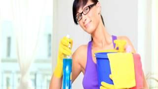 Как помыть натяжные потолки самостоятельно?