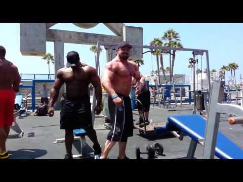 Muscle Beach Pit RAW WORKOUT - Rich Piana, Gabe Moen, Ron Partlow & Renaldo Gairy