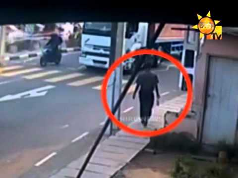 Colombo-Kandy Road School Girl hit by a three wheler -CCTV footage