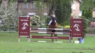 Lydia Oosting en Wesly M springen Coevorden.
