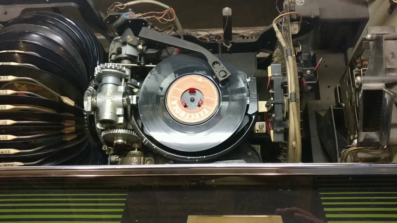 Repeat Rock-Ola 443 Jukebox - changing mechanism for records  by