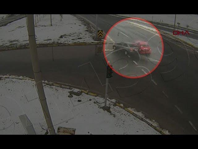 Bolu'da kazalar mobese kamerasında