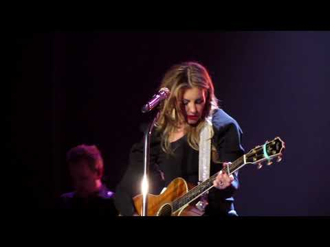 C2c Tim Mcgraw And Faith Hill Glasgow 10th March 2018 reduced quality