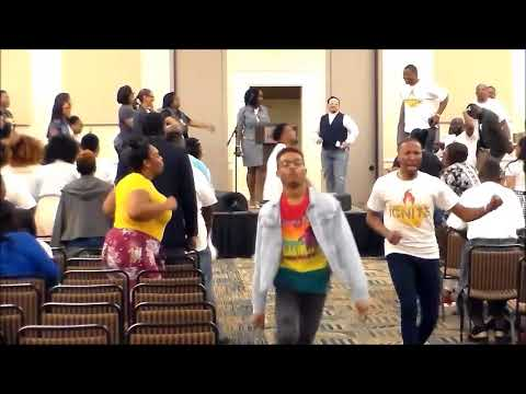 Noon-Day Service Crazy Praise Break at the 2018 COGIC Ignite Summit in SC!