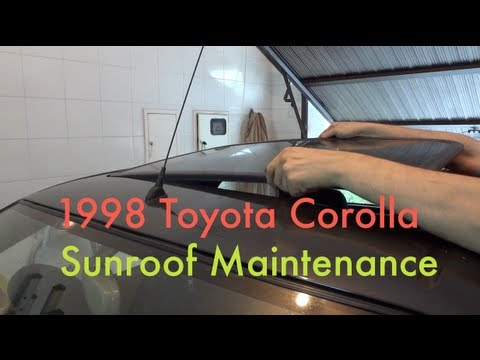 Sunroof slider maintenance (1997-2001 Toyota Corolla E11) - YouTube