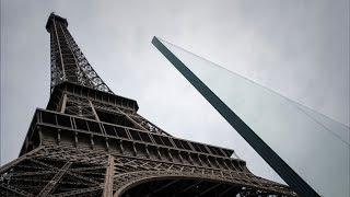 3-метровое бронестекло устанавливают у Эйфелевой башни