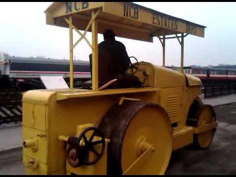 Fun Ho! #37 Aveling Road Roller   ToysNZ  Road Roller Aveling