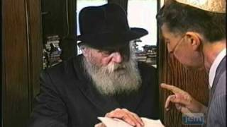 The Lubavitcher Rebbe Accepting 'Panim' on Erev Rosh Hashana