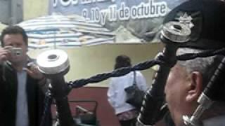 MAYOR DE GAITAS RECORRE LAS CALLES DE MINERAL DEL MONTE