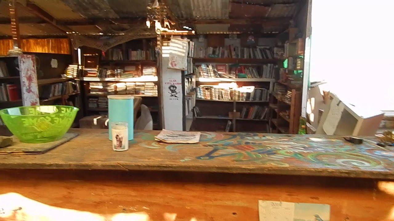 Moving Into An Anarchist Library In Slab City - YouTube