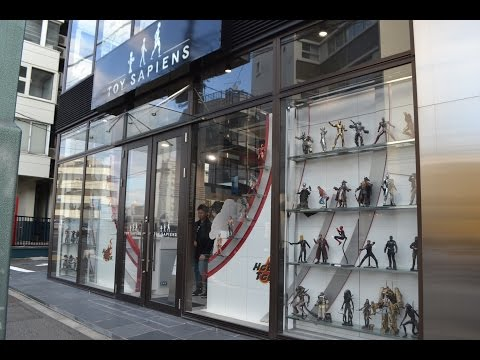 HOT TOYS FLAGSHIP STORE in Japan TOY SAPIENS in Shibuya, Tok