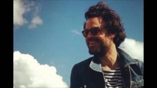 Rodrigo Amarante - Tuyo (Narcos Theme Song)