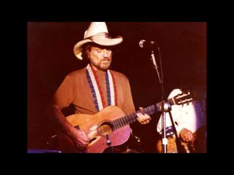 Willie Nelson - I Never Go Around Mirrors (1977)
