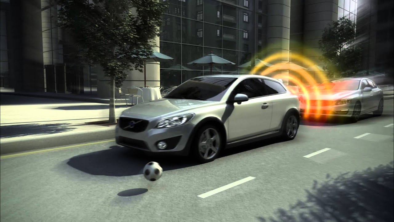 Volvo City Safety Overview - YouTube