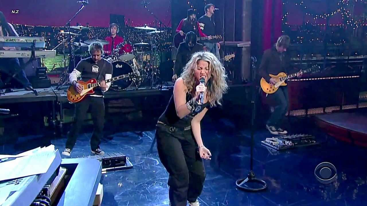 Download Shakira - Don't  Bother 2005 Live Video HD
