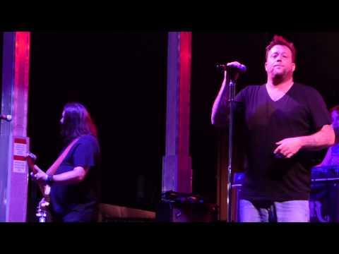 """Follow Me"" Uncle Kracker@Xfinity Live Philadelphia 8/22/15 Under the Sun Tour"