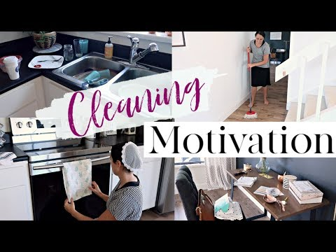 CLEAN MY NEW HOUSE WITH ME 2019 | CLEANING OUR LAMINATE FLOORING