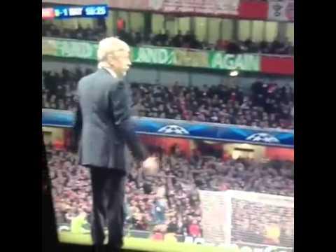 Arsene Wenger calling Arjen Robben a diver