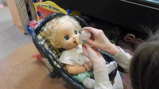 Feeding 2006 Soft Face Baby Alive Delilah Green Veggies Food Packet! Super Messy Diaper!