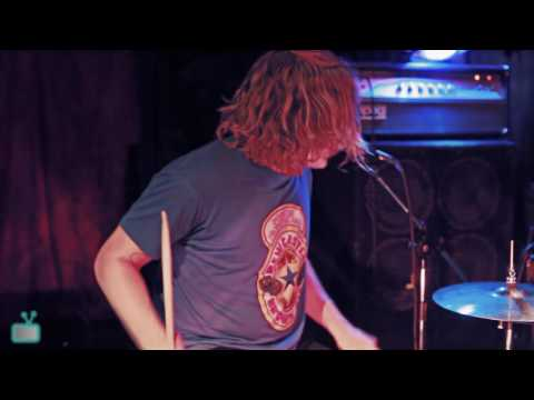 Fuzz (Ty Segall) Live Full Set @ The Stork Club | OOFTV