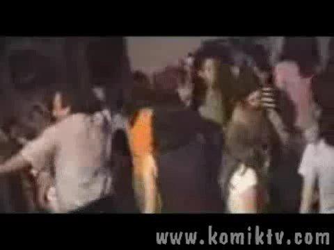 dump türk at dancing