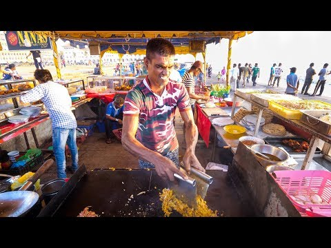 Street Food In Sri Lanka - ULTIMATE FOOD TOUR - Egg Hoppers + Kottu Roti In Colombo, Sri Lanka!