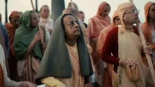 Prabhupada 0333 हर किसी को शिक्षित कर रहे है दिव्य बनने के लिए