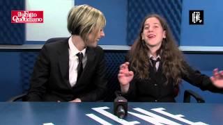 Cuccioli di iena contro Le Iene: Intervista doppia con la piccola Gaia e Nadia Toffa