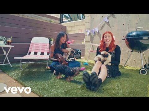 CAN'T STOP THE FEELING! First Listen (Icona Pop...