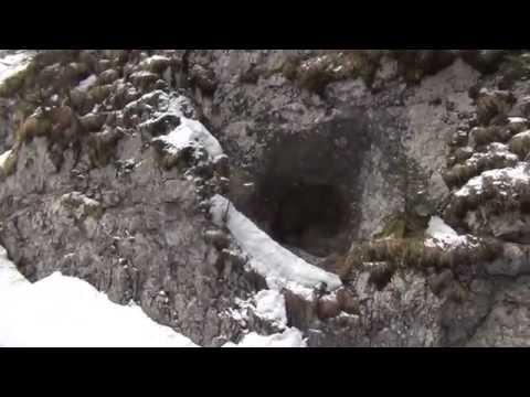 Aprile 2015 panorama con neve serrai di sottoguda malga ciapela (filmador renato)