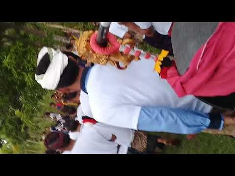 Hinduism in Bali held cremation ceremony ngaben di sakti, nusa penida, klungkung, bali