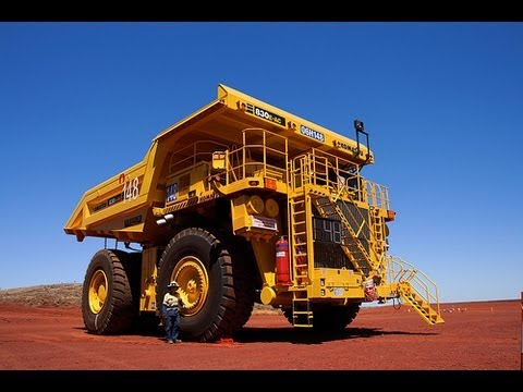 Big Dump Trucks >> Inside A Giant Dump Truck