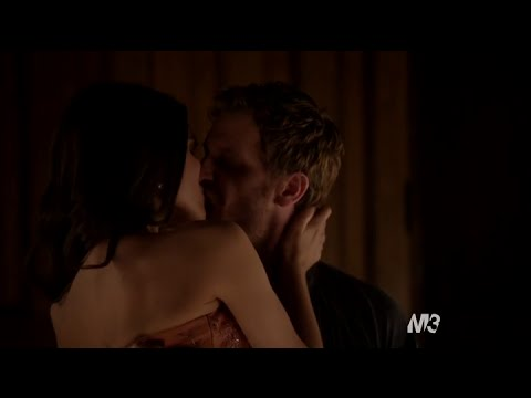 Reign 2x20 Kenna and Renaude Hot Make Out Scene