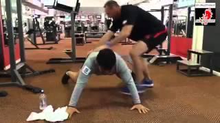 【サンウルブズ】ブレない、倒れないための体幹トレーニング!
