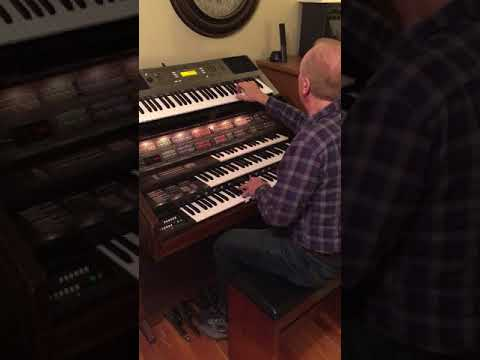 """Charles Ritchie plays """"Joy To The World!"""" (1:15)"""