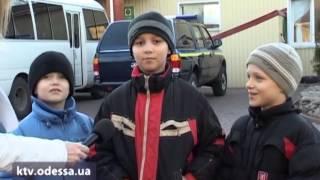 Маленькие одесситы посетили кинологический центр(, 2013-11-16T10:17:25.000Z)