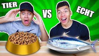 TIERFUTTER VS ECHTES ESSEN CHALLENGE !!! | Kelvin und Marvin