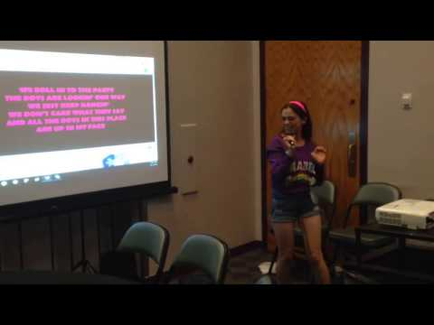 Karaoke in Mabel Cosplay Gravity Falls
