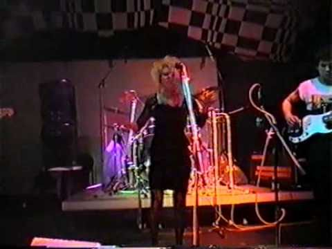 PART2  Hello My Yellow Pillow    HMYP   1985 live at Roehre in Stuttgart