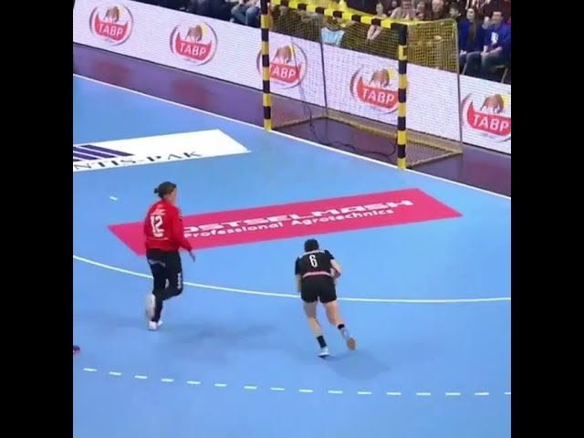 !!!!SAVE OF THE YEAR!!!!!! handball women