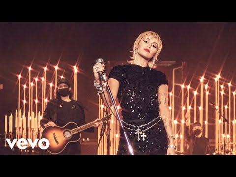 Miley Cyrus - Live Lounge Performance