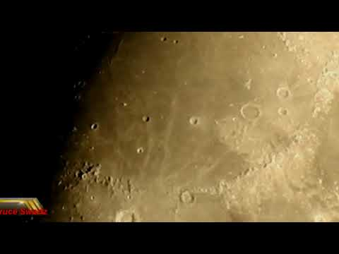 UFO's Close Up & Slowed Down In This Amazing Live Moon Footage