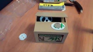 Забавная копилка. Coin Stealing Panda Piggy Bank