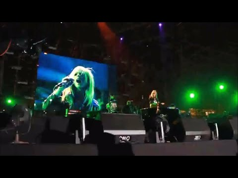 THE BLACK STAR TOUR - Avril Lavigne