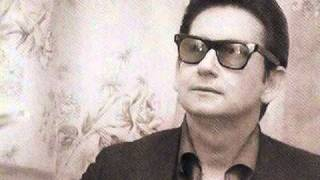 Watch Roy Orbison Oh Such A Stranger video