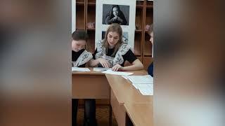 В межпоселенческой библиотеке прошёл литературный вернисаж «Всю жизнь я писал любовь к России»